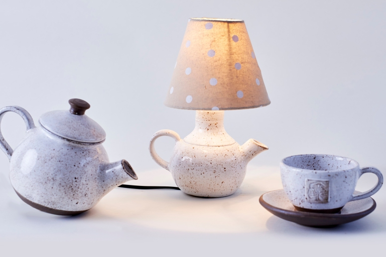 Ceramic Goose Egg-Tea Pot-Light-Tea Cup