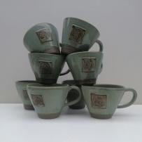 Cups pyramid