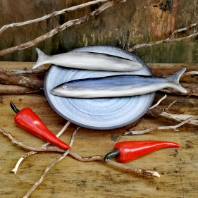 White Linen, Ceramic Peppers & Fish